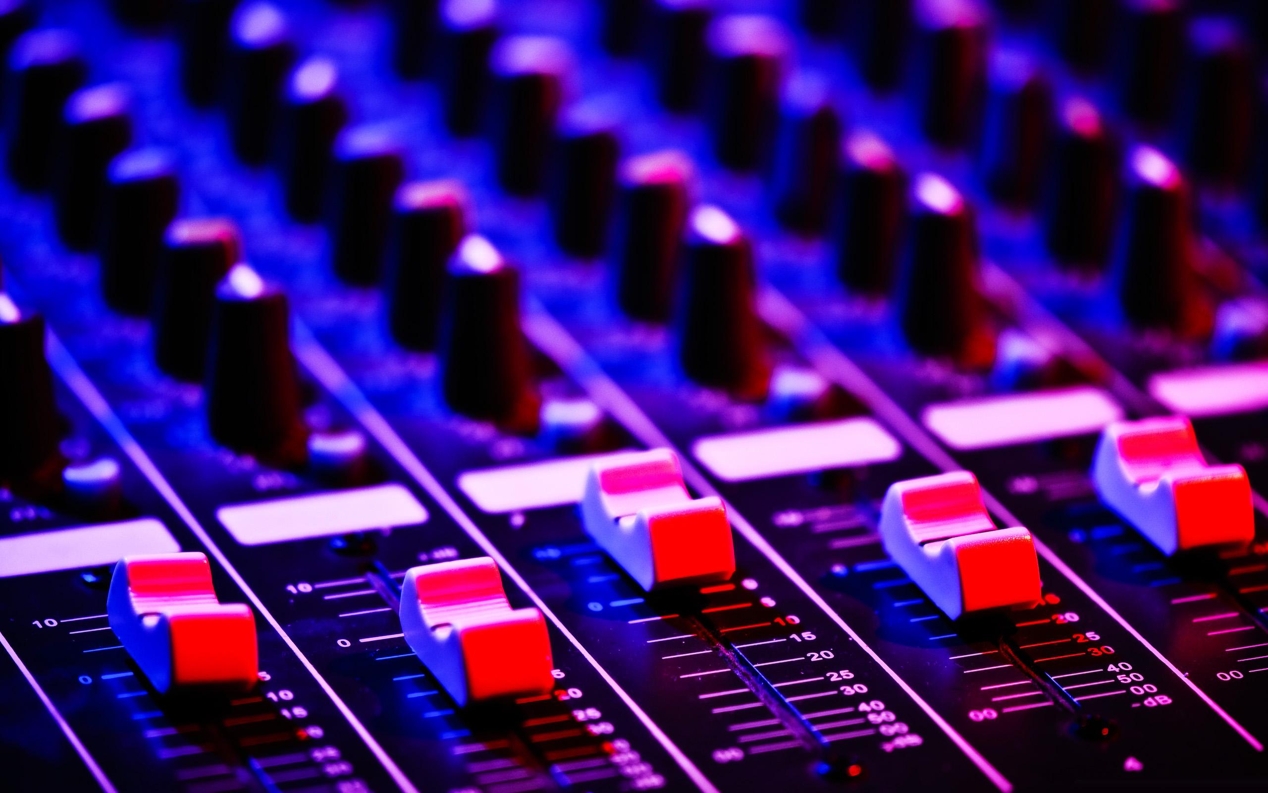 Audio%20Mix%20Wallpaper%202560X1600
